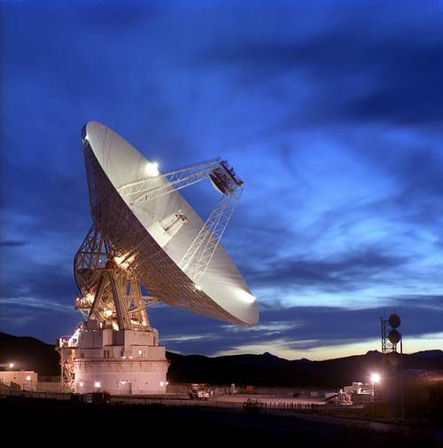 A Deep Space Network antenna