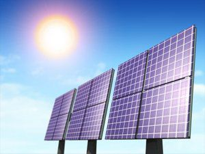 Solar panels use energy from the sun. © DR