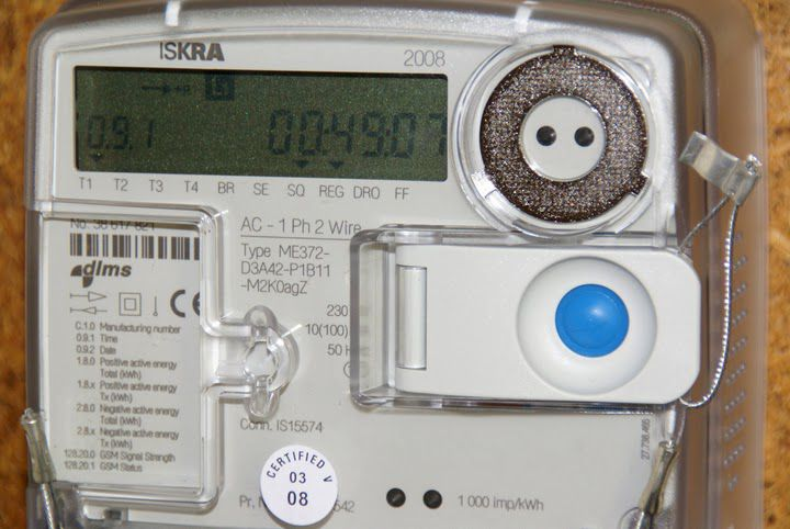 A smart meter monitors the electricity consumption in each room, in detail and in real time. © Ian Britton / FreeFotouk CC by-nc-nd 3.0