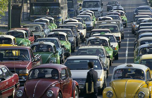Traffic jams are one of the consequences of commuting between residential areas and the workplace. © Curt Carnemark / World Bank