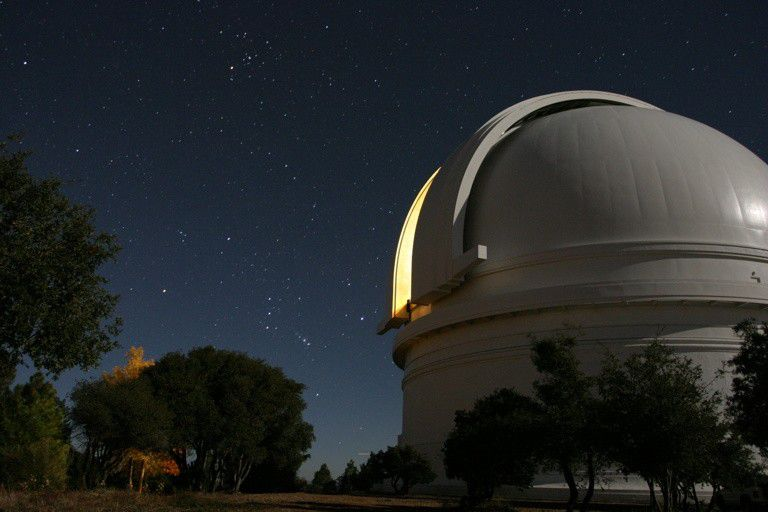 The dome of the Hale telescope on Mount Palomar. © Caltech