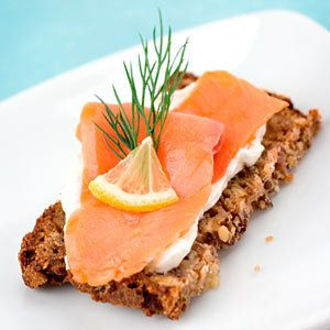 Salmon, a source of vitamin B3. DR Credits