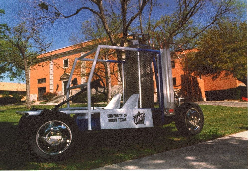 The CooLN2Car is a liquid nitrogen powered vehicle. © DR