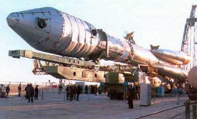 The Soyuz-Ikar launcher with a Globalstar satellite in its fairing. © DR