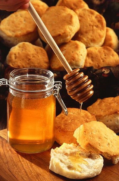 Antibiotics are found naturally in honey. © DR