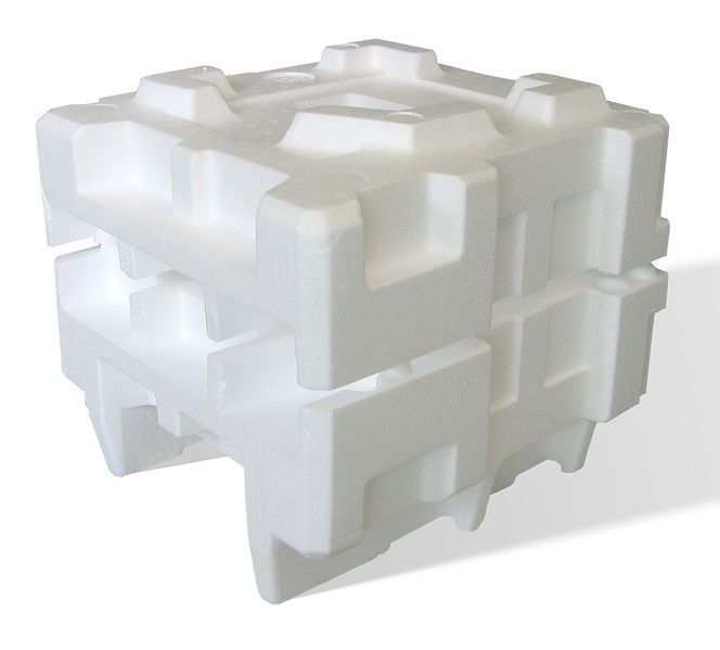 Packaging created from expanded polystyrene. This light material resists compression and impacts. © Acdx / Licence GNU
