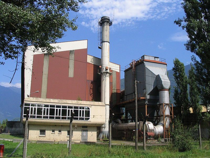 The Gilly sur Isère incinerator. © Jyoccoz, public domain
