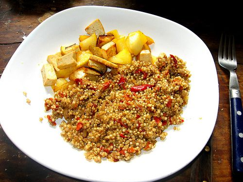 Quinoa is a very nutritious food. © dana hilliot, Flickr CC by nc-sa 2.0