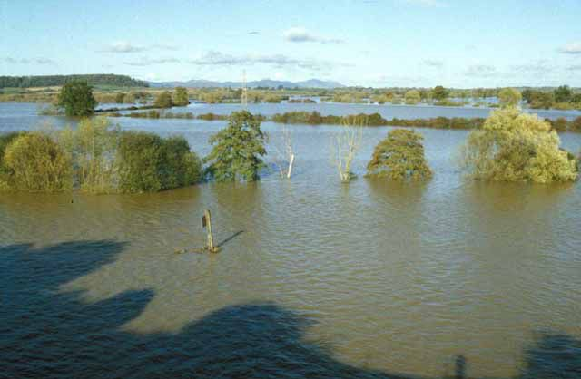 the annual flooding of the Severn Plains (England) is characteristic of this river's moisture regime. © Mike Simms CC by-sa