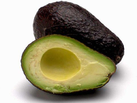 The avocado is mainly eaten raw. © DR